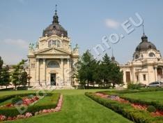 Széchenyi Gyógyfürdő és Uszoda - a Széchenyi Gyógyfürdő és Uszoda főépülete