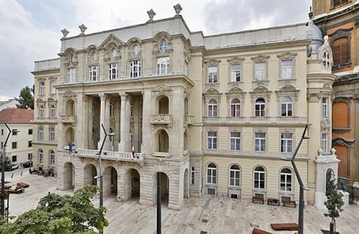 Megújult az ELTE Állam- és Jogtudományi Kar főépületének homlokzata | kép forrása: www.ajk.elte.hu