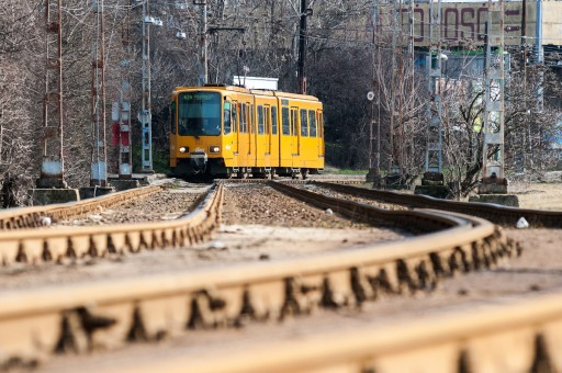 Májustól villamosvágány-felújítási munkák kezdődnek Budapesten