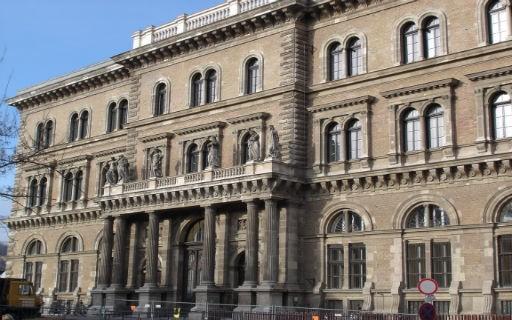 Bepillanthattak a Főpolgármesteri Hivatal kulisszái mögé a hallgatók | kép forrása: hcb.hu