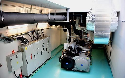 Korszerű szennyvízhő-hasznosítási rendszert adtak át a honvédkórházban | kép forrása: www.budapest.hu / Majtényi Mihály