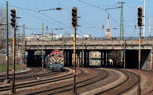 A BKK megkötötte a szerződést a fővárosi Százlábú híd felújítására   kép forrása: BKK / Nyitrai Dávid