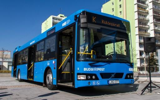 Hétfőtől újabb tizenöt alacsonypadlós Volvo-busz közlekedik Budapesten | kép forrása: www.budapest.hu